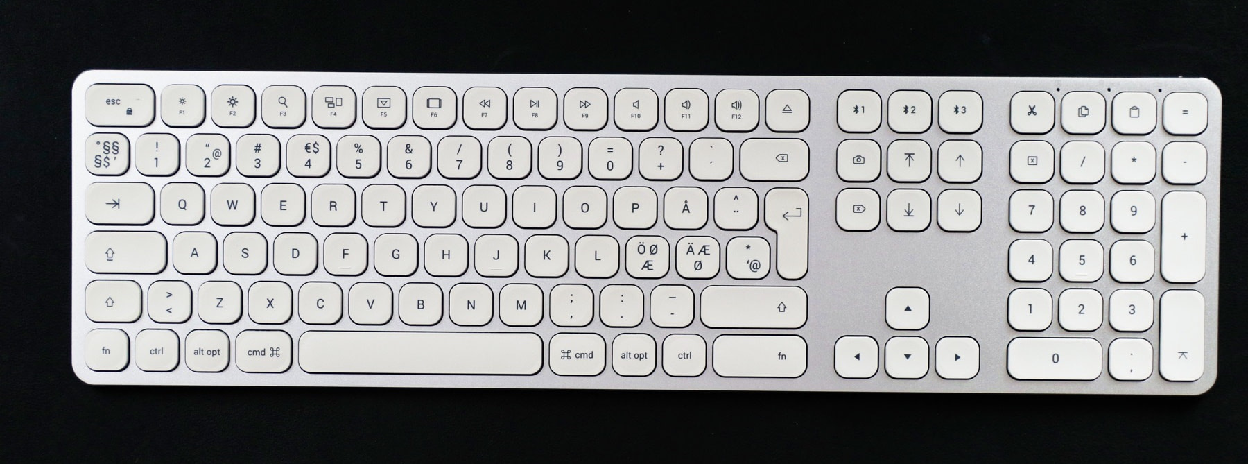 best mac keyboards: satechi